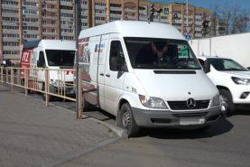 В Хабаровске пешеход споткнулась о буксировочный трос и попала в больницу