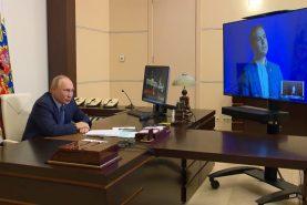 Владимир Путин встретился с лауреатами конкурса «Учитель года России», в числе которых хабаровский учитель Дмитрий Морозов