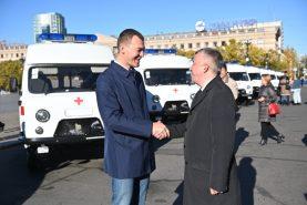 Новый автотранспорт получили учреждения здравоохранения края