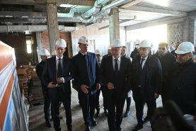 Вице-премьеры Дмитрий Григоренко и Марат Хуснуллин вместе с губернатором Хабаровского края посетили Комсомольск