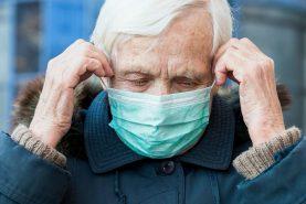 В Хабаровске заражаться новой коронавирусной инфекцией чаще стали пожилые люди